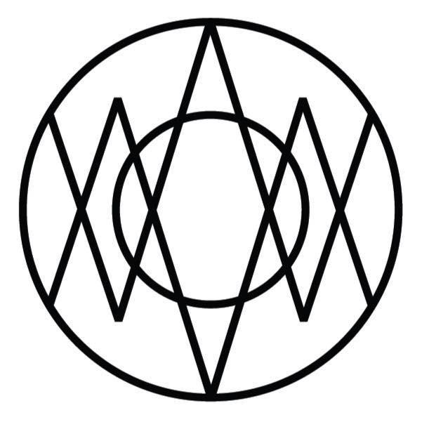 WOOM CENTER logo